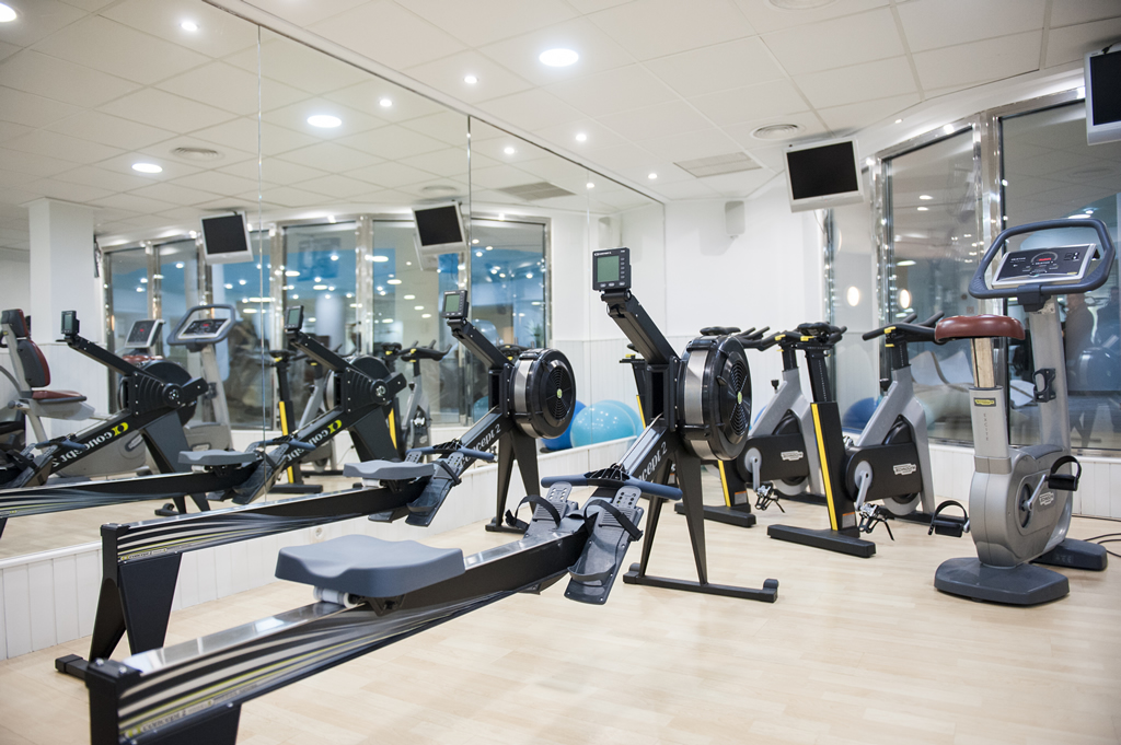 Oliva nova spa y fitness center das fitnesscenter for Gimnasio denia
